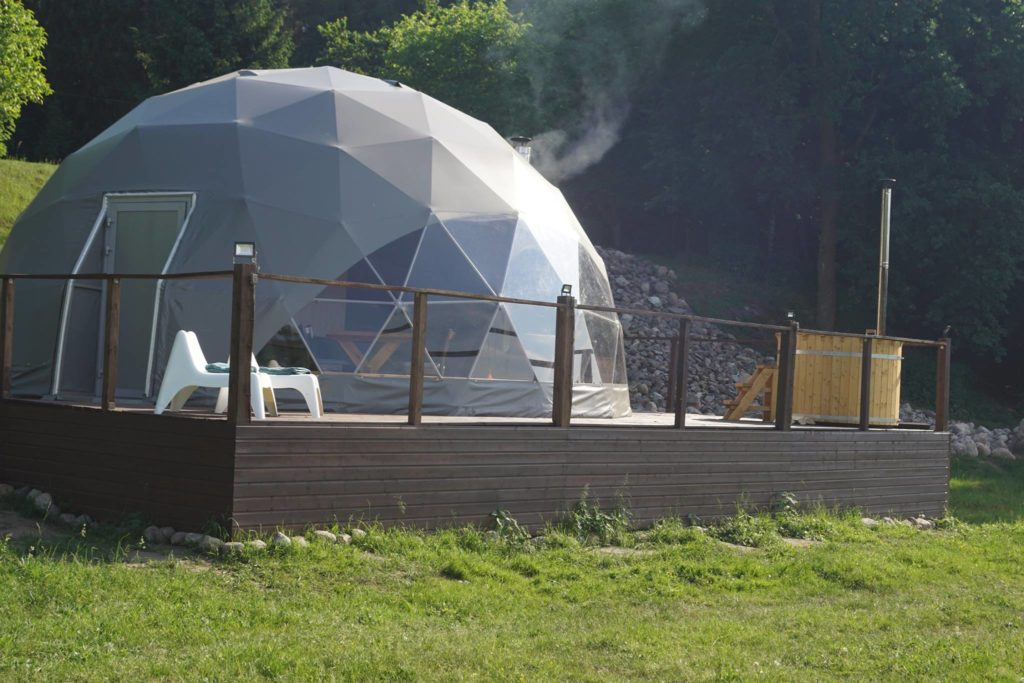 glamping pod with jacuzzi