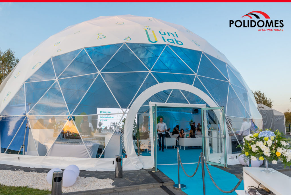 Polidomes_corporate_tent