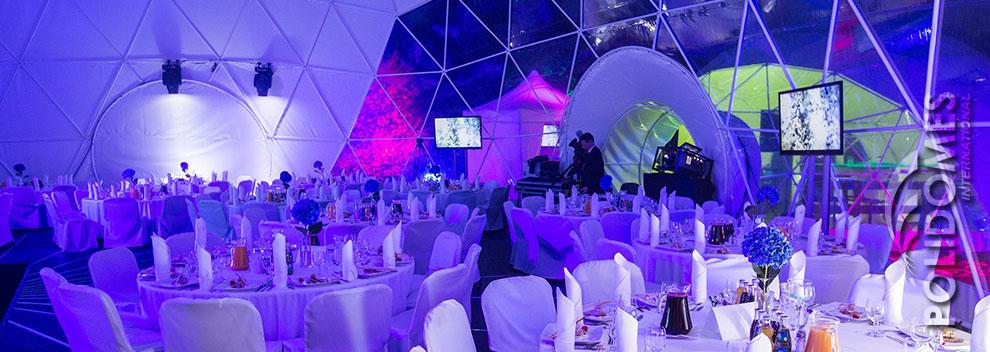 elegant-banquet-tent-desert-meeting-5
