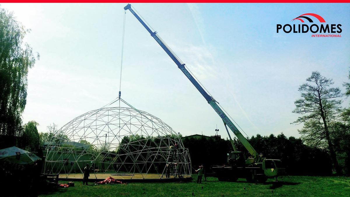 polidomes-p300-dome-tent-crane2